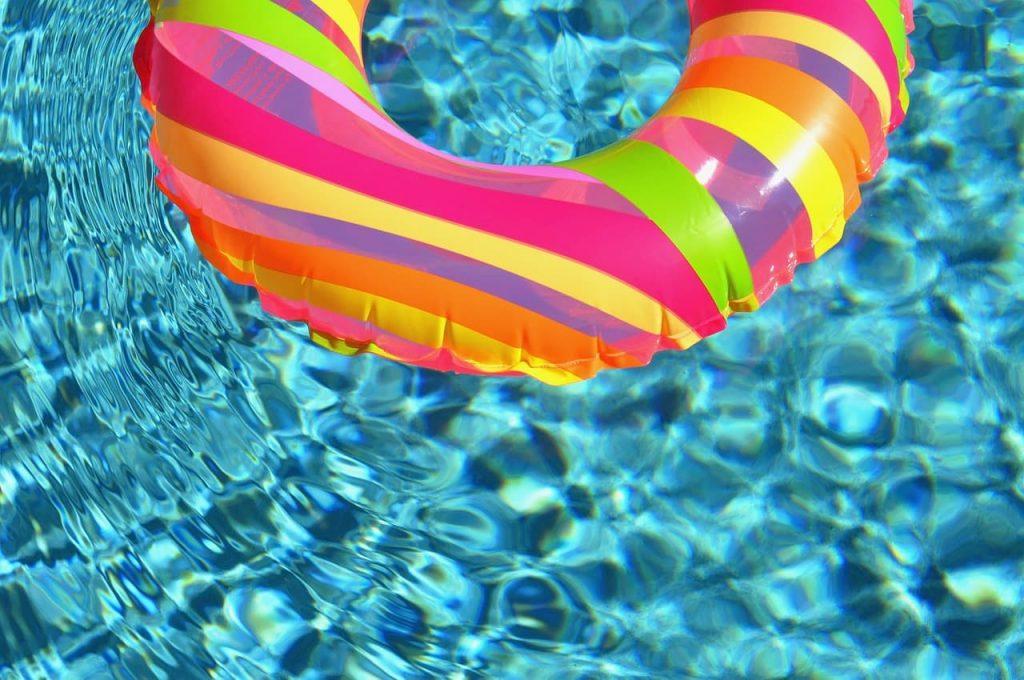 ארועי בריכה- בריכת השחייה אבן יהודה